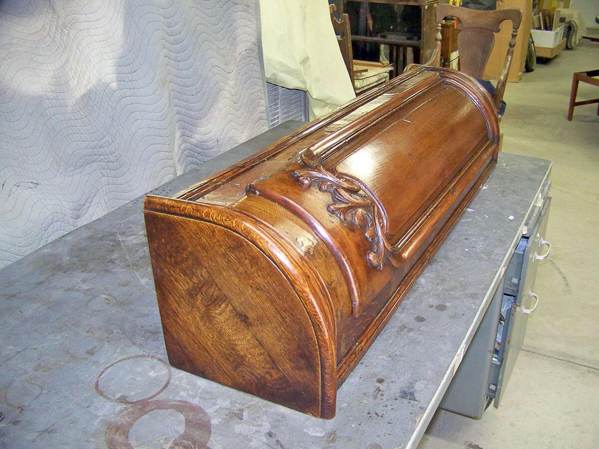 Corner Curio Cabinet 14